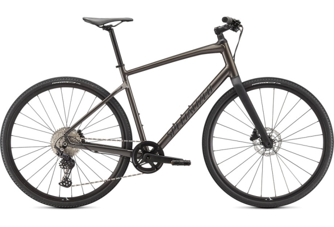 Specialized Sirrus X 4.0 herrecykel i Gloss Smoke / Cool Grey / Satin Black Reflective