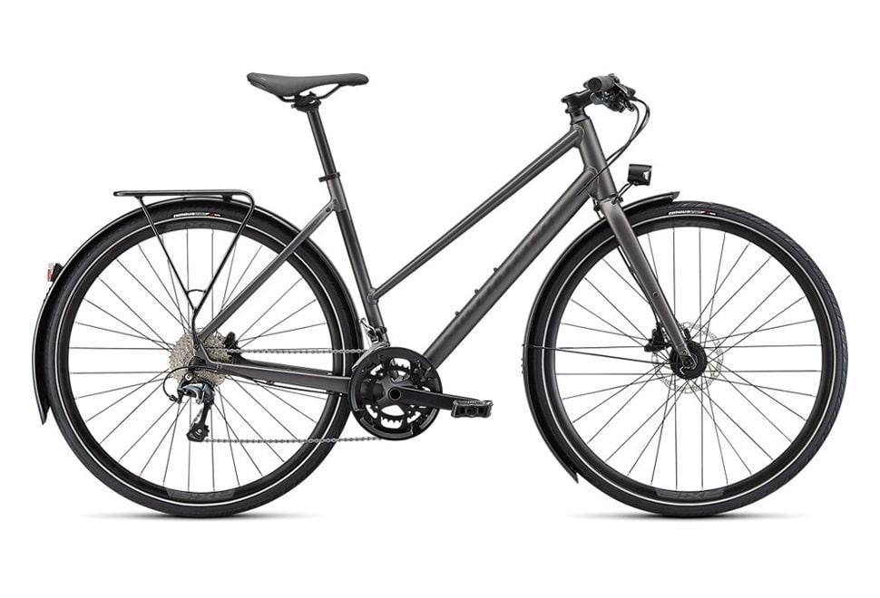 Specialized Sirrus 3.0 EQ 2022 damecykel i grå - Satin smoke / Black reflective